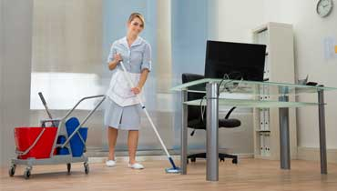 Efficient office and commercial cleaning in London